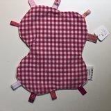 Labeldoekje, kraamcadeau, tutteldoekje rond roze vlinder witte achterkant