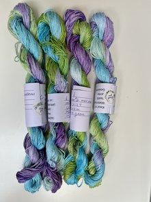Handgeverfd garen, 25 gram, groen blauw paars kleurnr 6, Catona