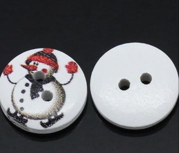 Houten knoopje sneeuwpop op schaatsen