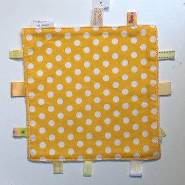 Labeldoekje, kraamcadeau, tutteldoekje geel met witte, witte achterkant