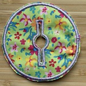 Sondepad rond voor button - groen met bloemetjes